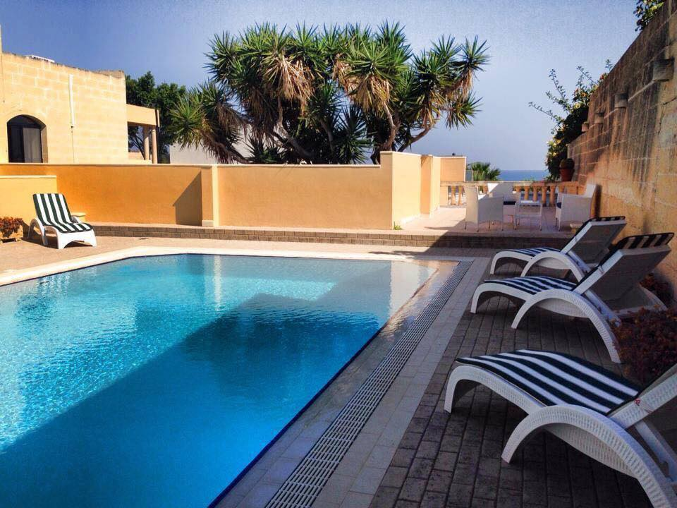 click. 4 Bedroom Villa with Swimming Pool in Bahar ic CaghaqFor Rent in Malta