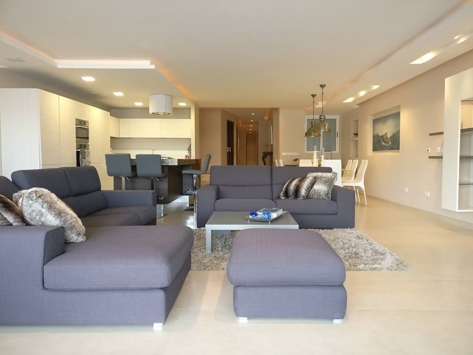 Superior Sea View, Luxury 3 Bedroom Apartment In Ta Xbiex   3bed: U20ac4500 Monthly